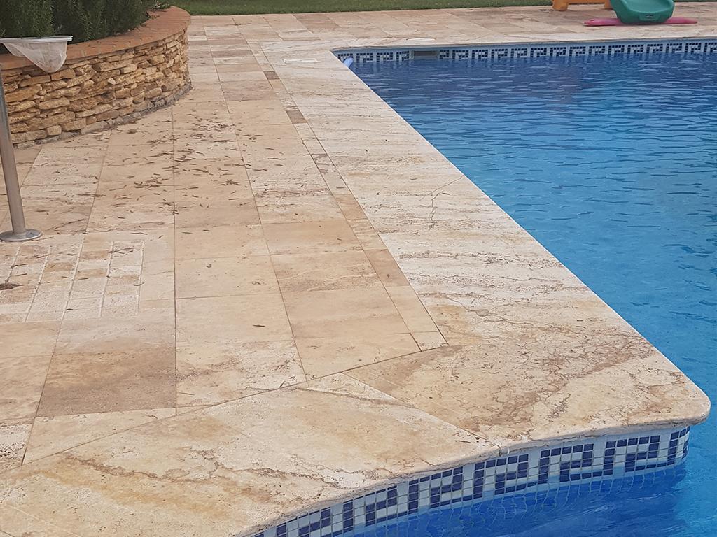 piscinas travertino